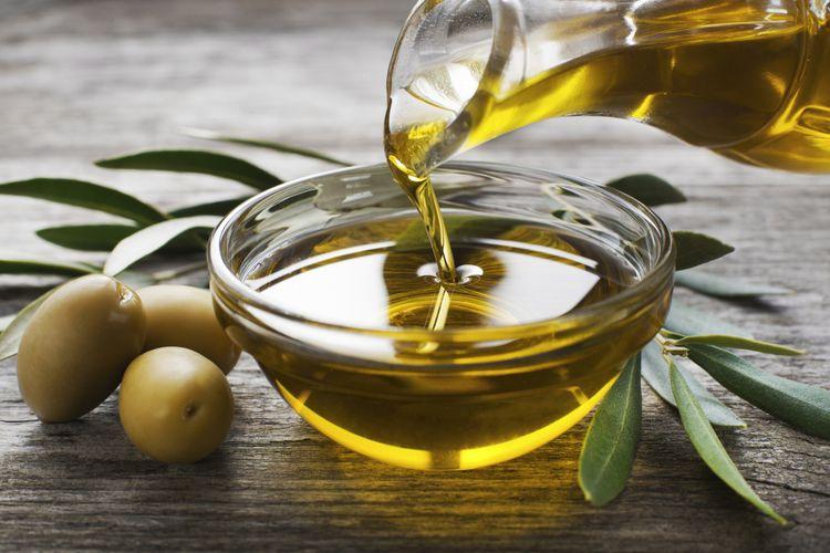 Mengatasi Jerawat Dengan Minyak Zaitun Dan Beragam Manfaatnya