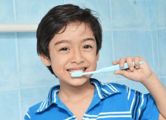 Sudah Benarkah Cara Menyikat Gigi Anda