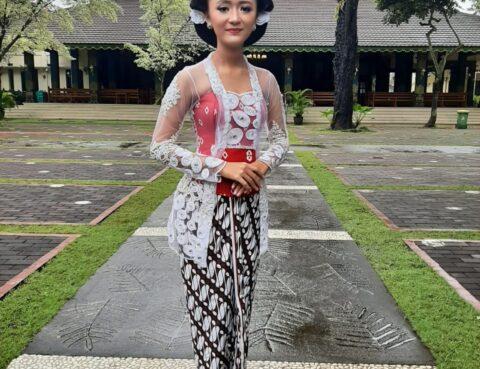 Peserta Lomba Foto Kartini